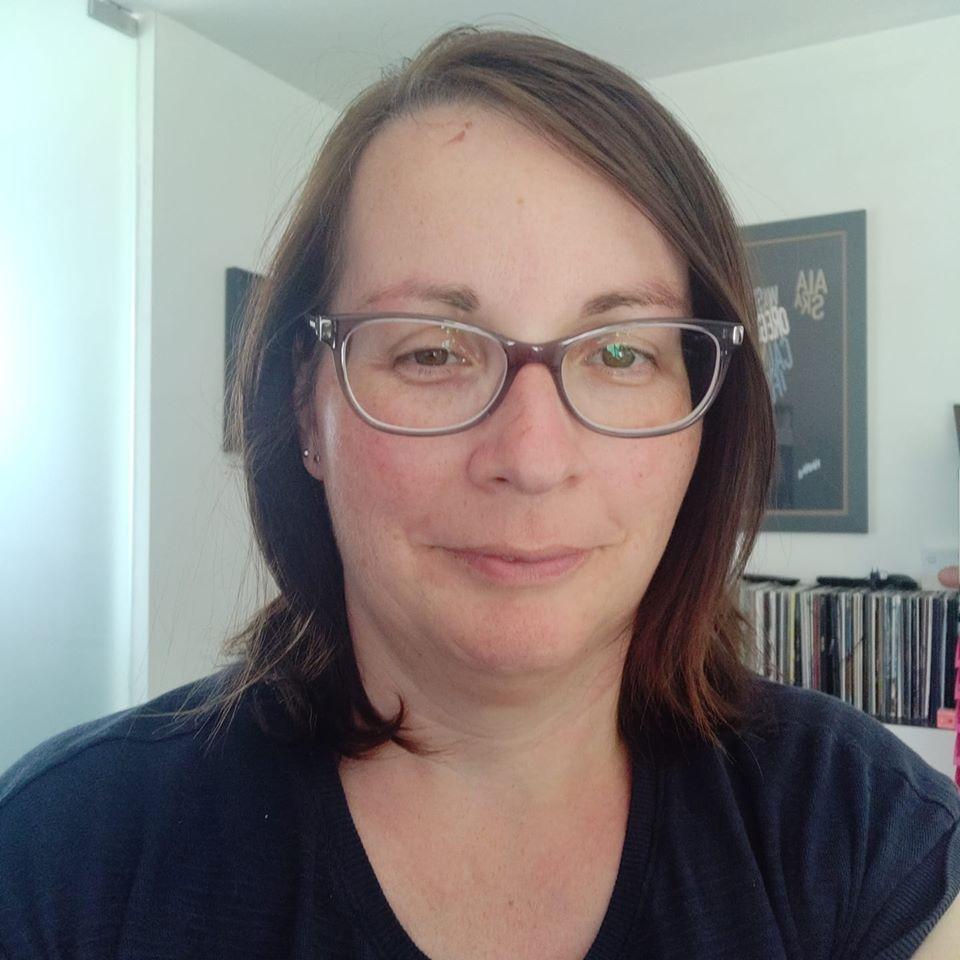 Joanne Carlton - auteur